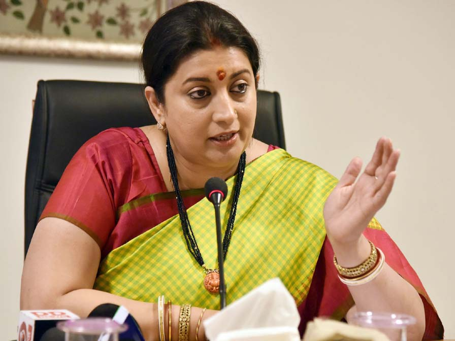 Smriti Irani says she's not graduate